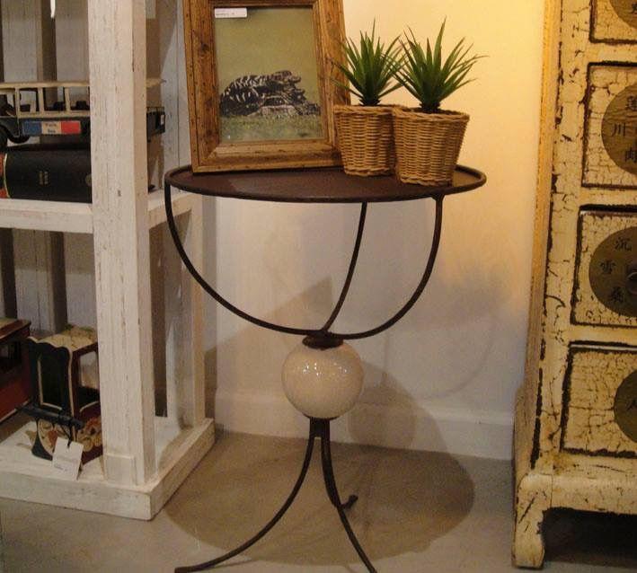 Mesa de arrime en hierro u cerámica www.bychecha.com.ar