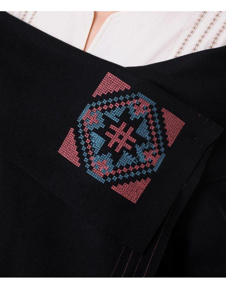 Cardigan negru din lana