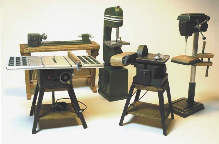 Miniature Modern Power Shop Tools / geweldige site / geen tutorials, maar wel een enorm vakmanschap!! (Shakers)