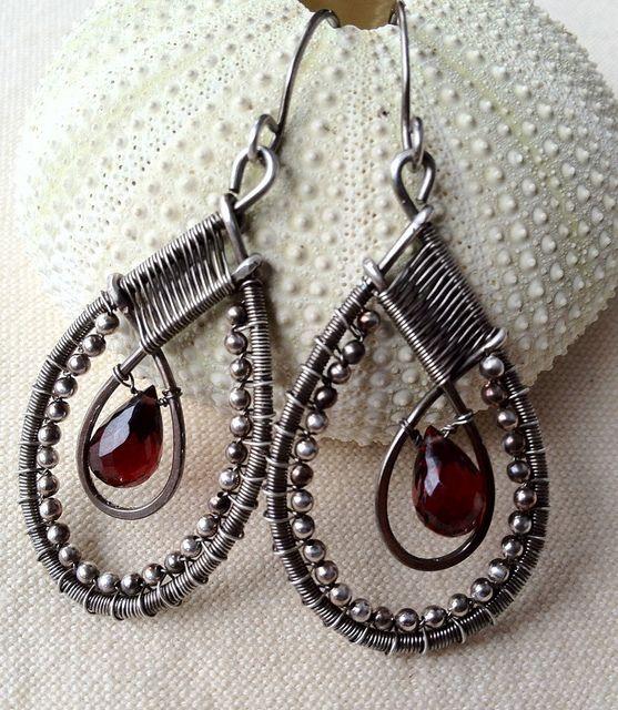 Orecchini filo perle