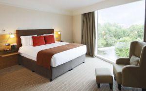 Расстановка мебели в спальне: рекомендации, расположение, форма, окна, инструкция по планированию