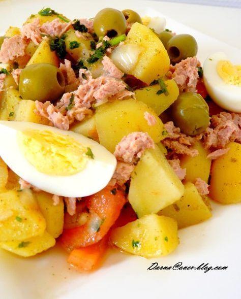 je vous mets la recette d'une salade que j'aime bien, chez moi elle est souvent associé au mois sacré de ramadan pendant lequel j'aime bien la faire, j'aime aussi la faire quand il fait chaud en été, une salade complète et rapide à faire .. le cumin lui...