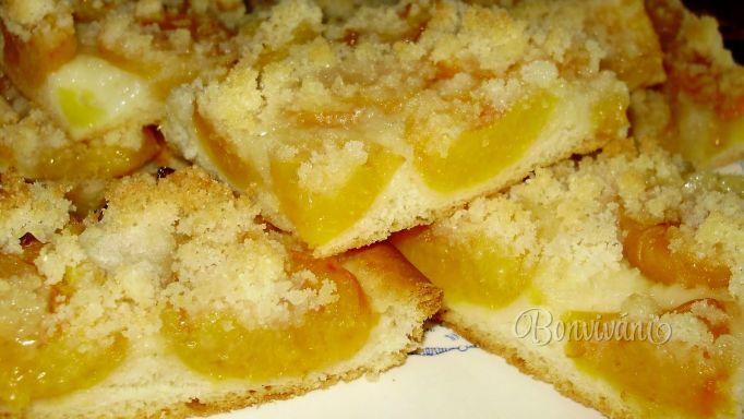 Marhuľový koláč s posýpkou • recept • bonvivani.sk