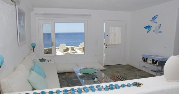 "Discover Villa ""Alex"", Kea, Greece ! You can rent it ! #luxury #villa #rent #holidays #greece #vacances #grece #alouer #aroomwithaview #sea #bedroom #decoration #swimmingpool #beautiful #sunset #luxuryvilla"