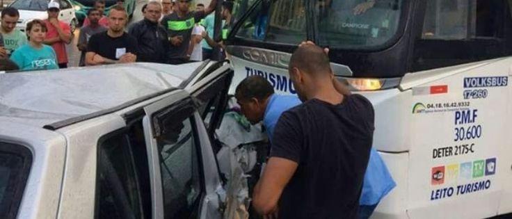 InfoNavWeb                       Informação, Notícias,Videos, Diversão, Games e Tecnologia.  : Ônibus com jogadores do Figueirense sofre acidente...