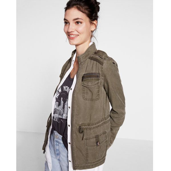 Express Silky Soft Twill Mini Military Parka (176.435 COP) ❤ liked on Polyvore featuring outerwear, coats, green, military green parka, express coats, military style coat, parka coat and twill parka