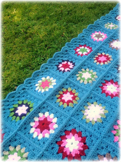 Coco Rose Diaries: The 'All Boys' Blanket....... With tutorial