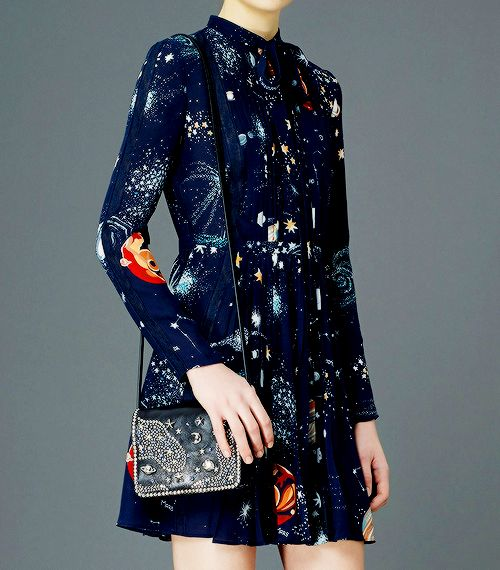 fashion-runways:   VALENTINO Pre-Fall 2015 –...