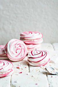 Marenkiruusut | K-Ruoka #ystävänpäivä #vaaleanpunainen #pinkki