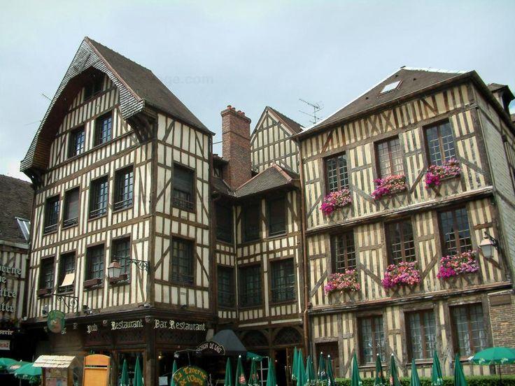 17 meilleures id es propos de ville troyes sur pinterest troyes france la ville de troyes - Office du tourisme de troyes ...