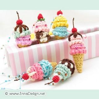 Mini Donuts Amigurumi : 48 best images about Amigurumi Foodstuff on Pinterest ...