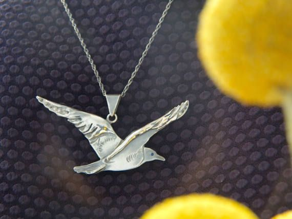 Bird pendant  Seagull necklace  Silver jewelry  Handcrafted #seagull #necklace #elite #silverjewelry #gifts #sterlingsilver #silver #bird #birdpendant #pendant #style #fashion #handmadejewelry #uniquejewelry