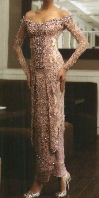 sabrina Kebaya