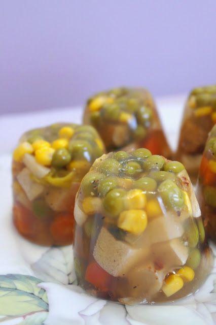 Make-Life-Green: Poznański galart z tofu i warzywami (wegańskie zimne nóżki z agarem)