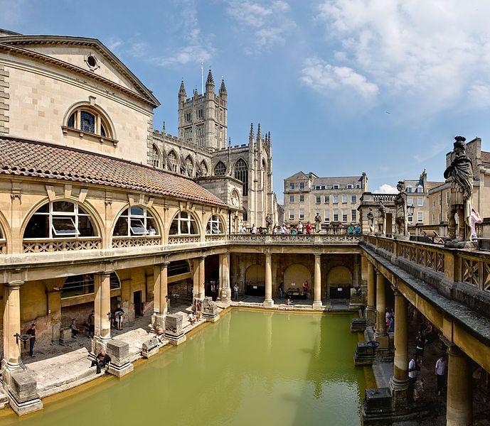 Termas romanas en Inglaterra.En el siglo I los romanos se asentaron en la ciudad de Bath,construyendo Aquae Sulis.