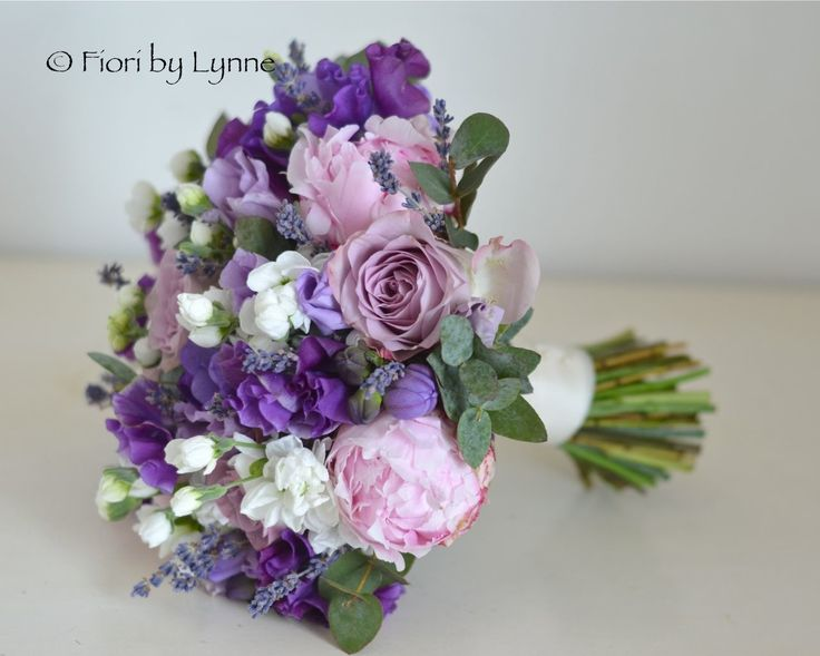 The 25+ best Freesia wedding flower pictures ideas on Pinterest ...