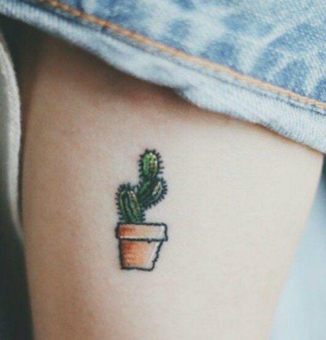 tatuaje de nopal pequeño