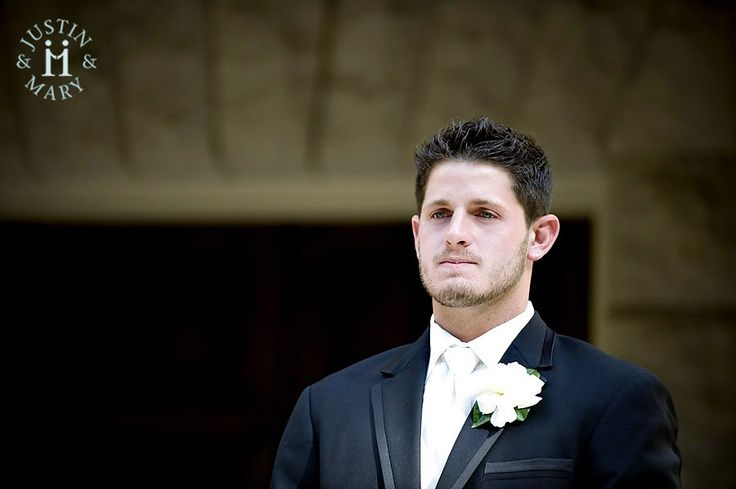 Groom's face, First Look