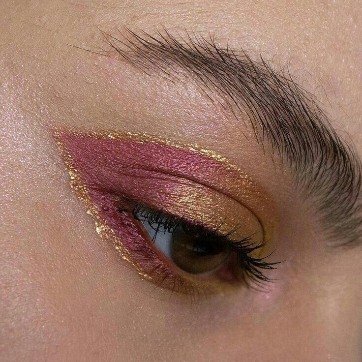 Pin By Valerie On Makeup In 2020 Eye Makeup Makeup Skin Makeup