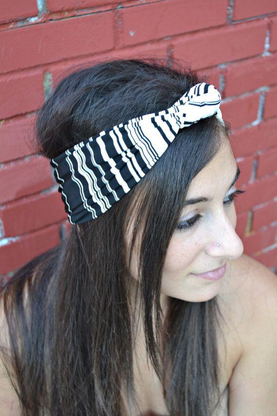 Black and White Headband Jersey Knot Bandana  by HeavensShop, €12.50