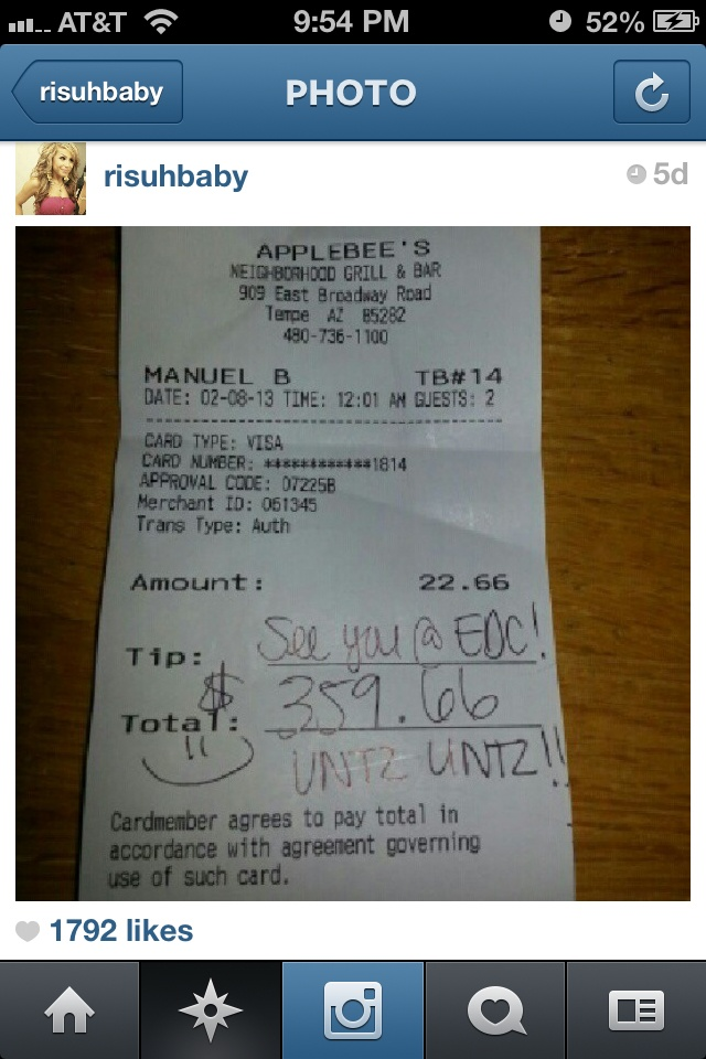 """""""A girl was talking with her server at Applebee's about EDC. The server said he wished he could go and she tipped him money for his EDC ticket so he could go. How amazing is that?"""" So much respect. Random acts of kindness. <3"""