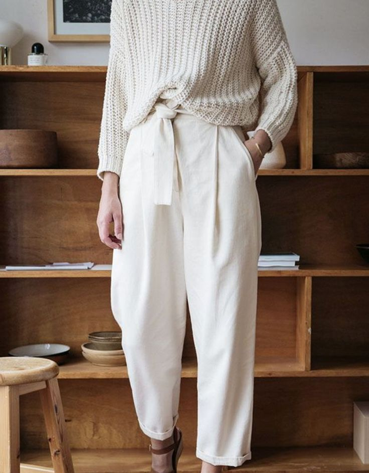 How to Wear Hight Waisted Pleated Pants, and Not Look Like A Goober