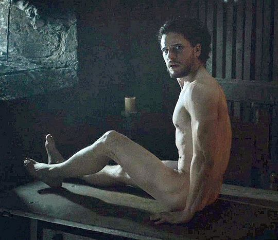 We Need To Talk About Jon Snow's Butt On