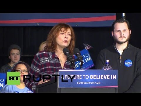 Bernie Sanders joined by Actress Susan Sarandon on stage in Iowa - YouTube