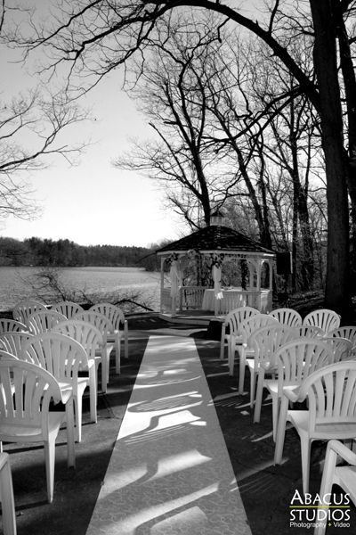 Sir John's Restaurant, LAGO, North Brunswick, New Jersey, Wedding Photographs, Abacus Studios, www.abacuswedding.com, 908-822-1220: