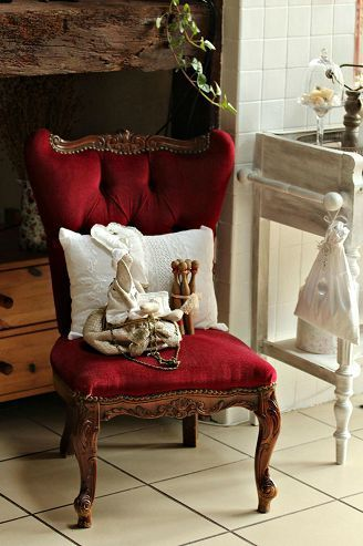 fauteuil: Antique Chairs, Shabby Chic, Red Chairs, Accent Chairs, Chic Chairs, Beautiful Chairs, B02 Chairs
