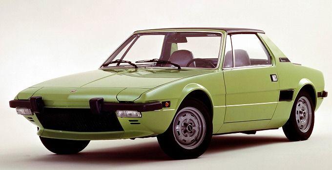 フィアット X1/9 1972-78 (出典:favcars.com)
