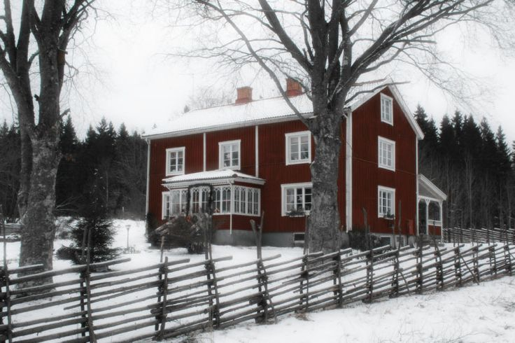 Another swedish red house - hannamagnusson