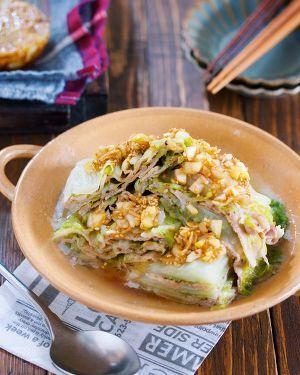 レンジで8分♪『豚バラと白菜の重ね蒸し*ネギだく中華だれ』 by Yuu | レシピサイト「Nadia | ナディア」プロの料理を無料で検索