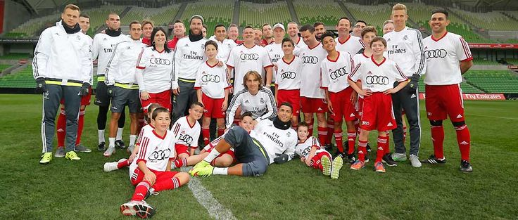 Squad enjoys Audi Australia football clinic with 20 fans