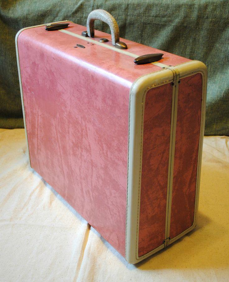 412 best Traveler images on Pinterest | Vintage luggage, Steamer ...