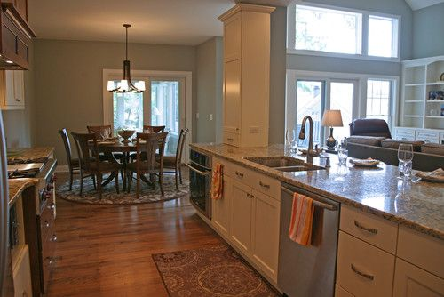 open galley kitchen like how the family room can be seen and the dining room is off to the