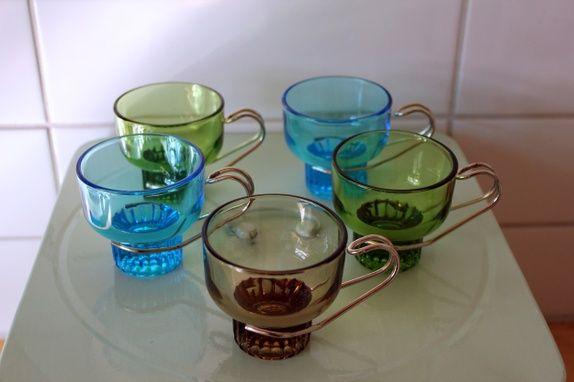 5 fine kopper i farget glass