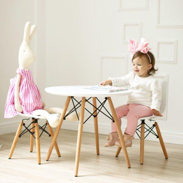 202 отметок «Нравится», 55 комментариев — Домик Кровать Вигвам Декор (@surik_v_domike) в Instagram: «Теперь у нас вы можете заказать стол и стулья Eames  Идеально для стильной детской комнаты 👌🏻…»