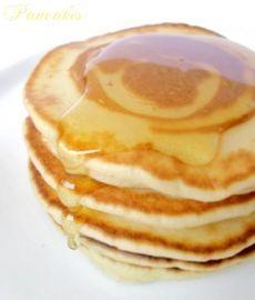 Pancakes, très bonne recette moelleux, la pâte a été faite la veille, j ai ajouté de la vanille