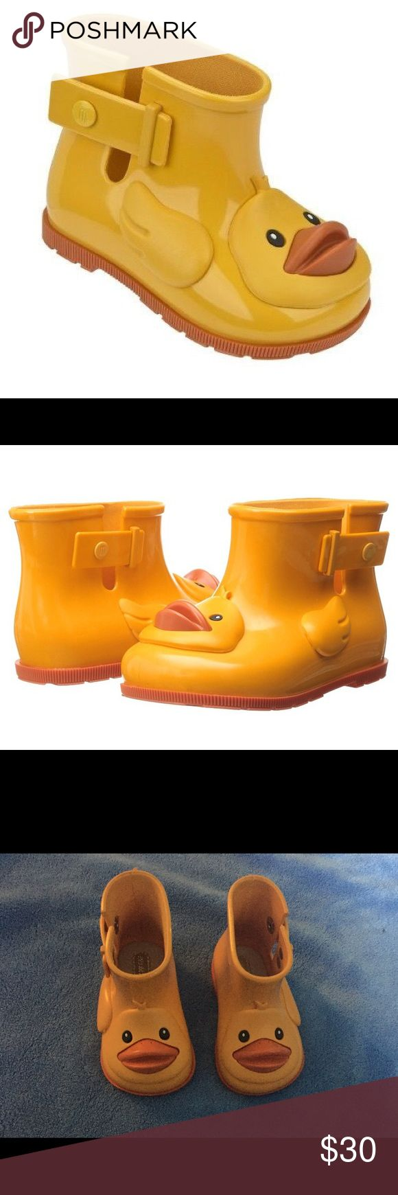 """Mini Melissa """"Sugar Rain II"""" Slip On Welly Boot Size 6 - brand new - son grew out of them before he could even wear these adorable boots -  jelly shoes, made in brazil and 100 percent recyclable - smells great for stinky toes :) Mini Melissa Shoes Rain & Snow Boots"""