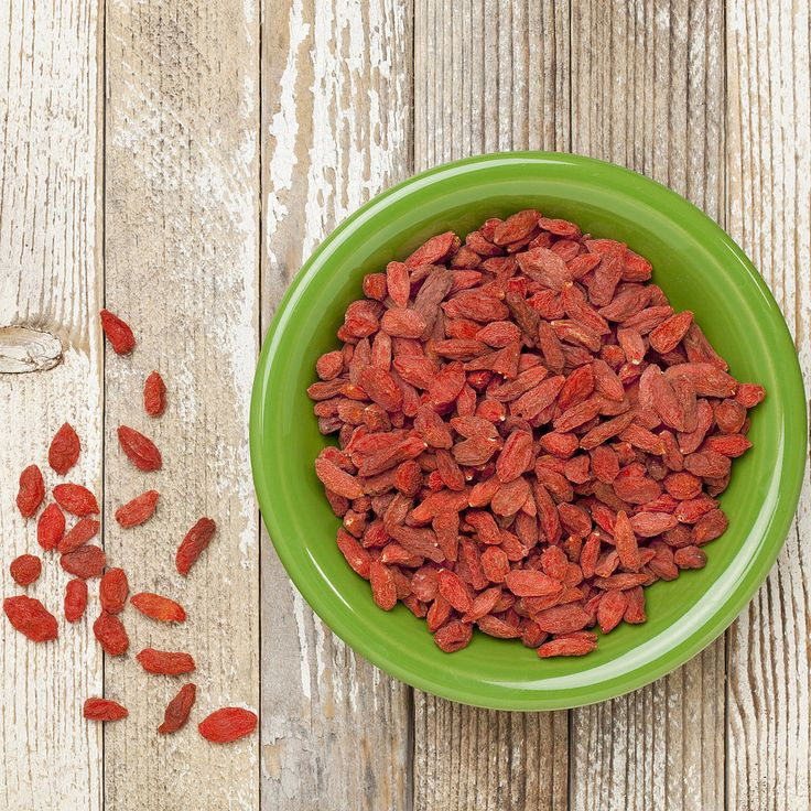 Healthy Dose Link Time: The Goodness of Goji Berries: Five reasons you should be eating goji berries — Vegetarian Times Lunch is calling!