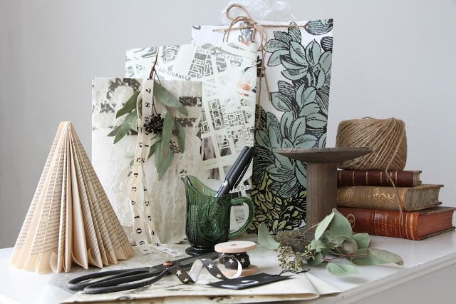 DIY Giftbags out of Wallpaper