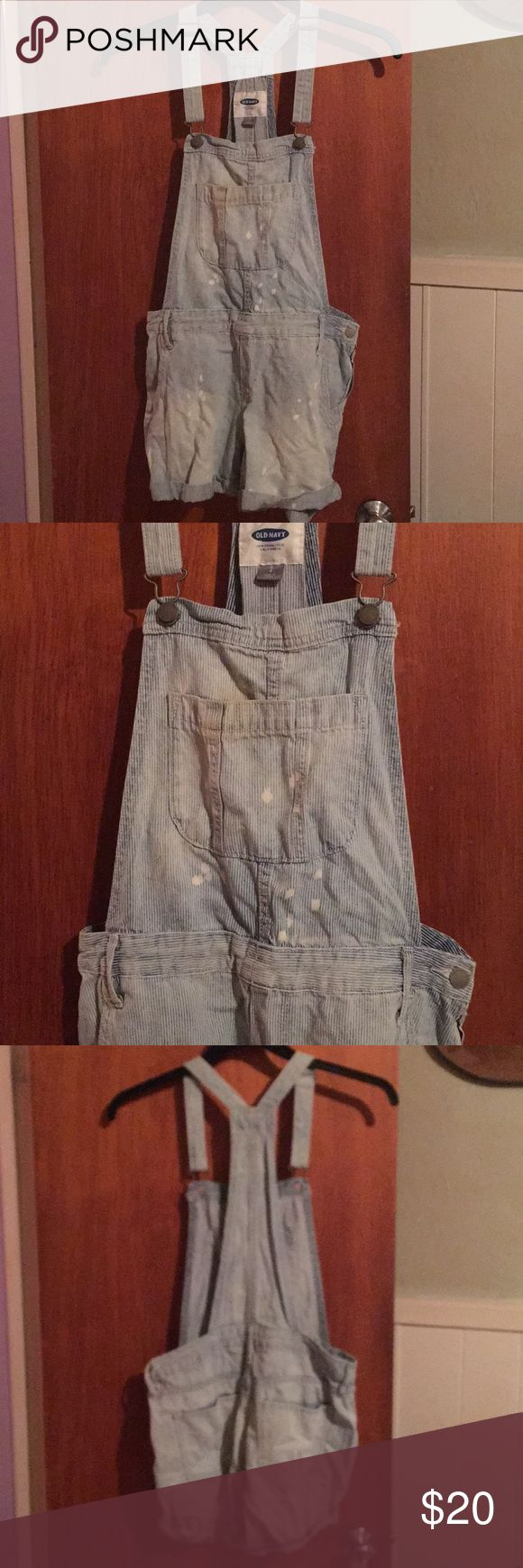 Distressed engineer overalls sz S Gently worn Old Navy factory distressed overalls. The are light denim with white pinstripes. Waist is 32 inseam 3. These are meant to be baggy. Old Navy Shorts