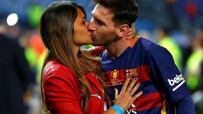 Lionel Messi se casará con Antonella Rocuzzo el 30 de junio - http://www.notimundo.com.mx/deportes/lionel-messi-antonella-rocuzzo/