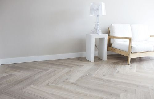 UIPKES WOOD FLOORING — WHITE
