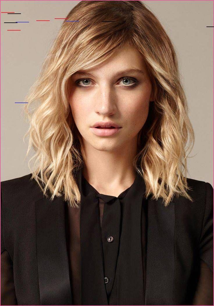 Stehende Papilotten In 2020 Medium Hair Styles Top Short Hairstyles Hair Styles