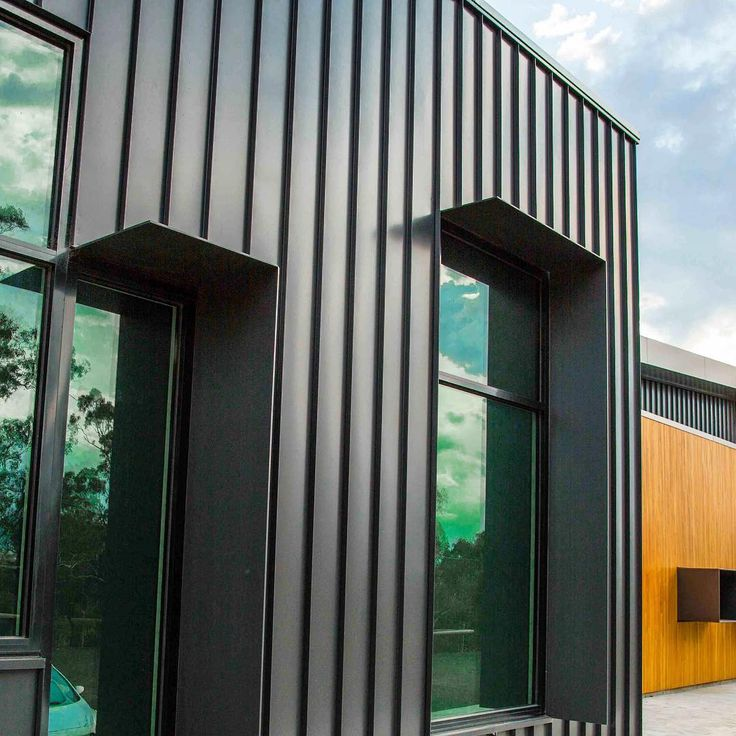 Up close at Kilmore Hospital, by HSPC. This project features our Nailstrip and Snaplock systems across two building, both in @colorbondsteel Monument. Installation was a combined effort from @nexuscladding and Combined Plumbing. Photo credit @prk_photographer. #metalcladding #mcs #metalcladdingsystems #kilmore #hspc #architecture #healthcare #victorianarchitecture #melbournearchitecture #archdaily #archidaily #archiproducts #archilovers #building #buildingmaterials #construction…