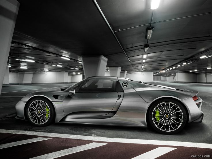 Porsche 918 Spyder I The Ultimate Guide to The Ultimate Porsche - Rev To The Limit