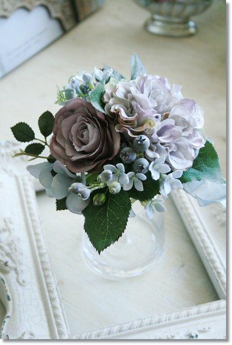 アンティーク雑貨【チアフル】へようこそ!シャビーな空間を飾るインテリア雑貨、ガーデン雑貨、造花を豊富に取り揃えています。楽天最安値に挑戦中の「フレーム」「アジサイ造花」大好評販売中!