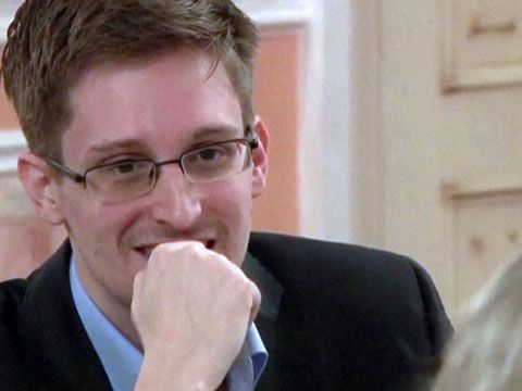 Edward Snowden says NSA surveillance programmes 'hurt our country'    10/12/13